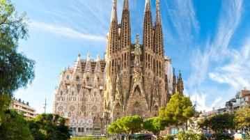 Sagrada Familia, Barcelona, Spain2