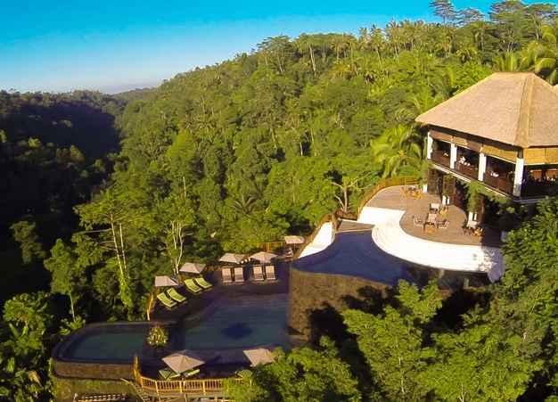 Aerial-Views-of-Hanging-Gardens-Ubud-Bali-Indonesia_3
