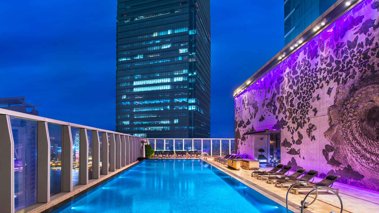 20 Most Amazing Rooftop Pools Around The World Thebitetour