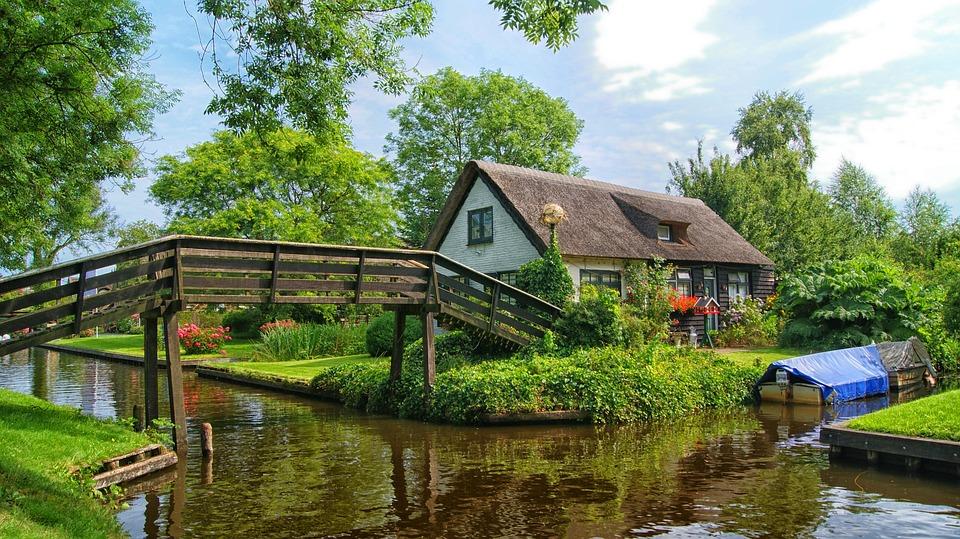 1. Giethorn, Netherlands