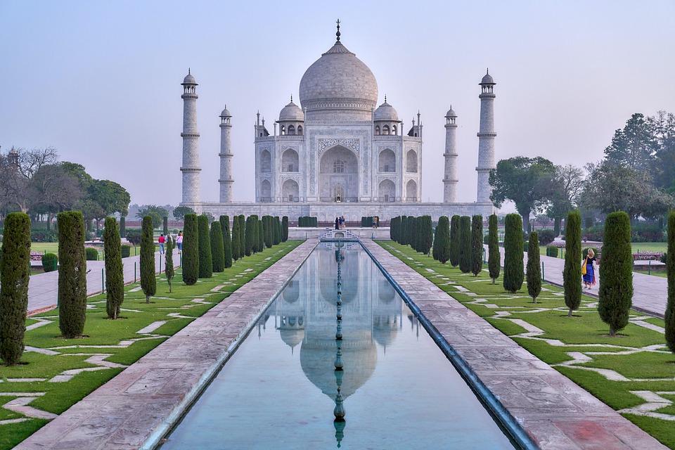 6. Taj Mahal - Agra, India