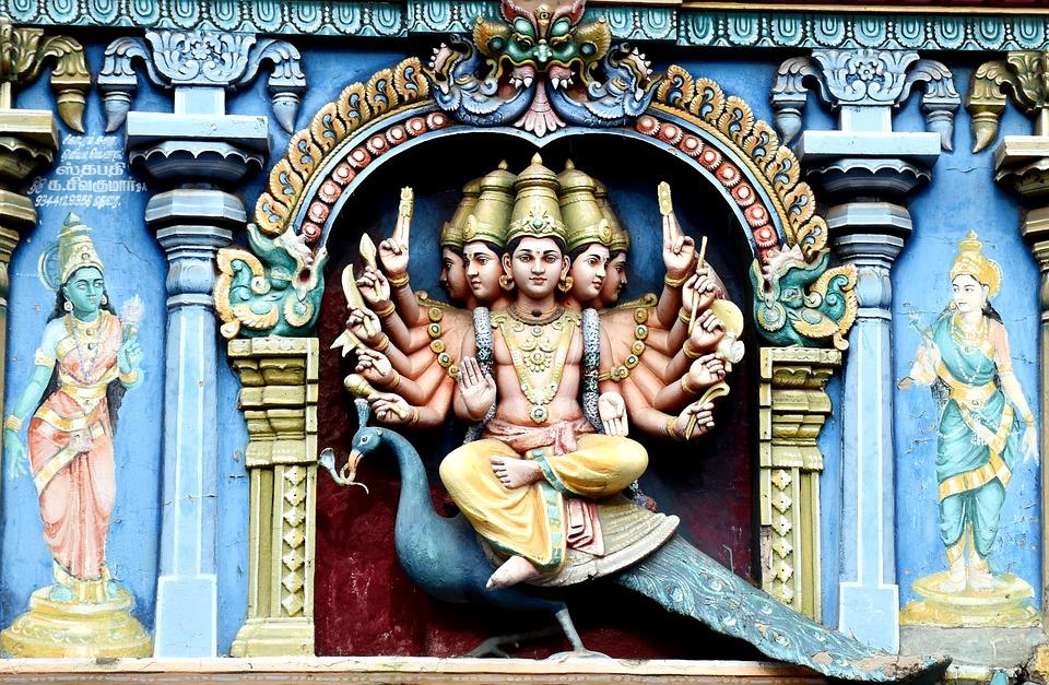 9. Meenakshi Amman Temple, Madurai (India)