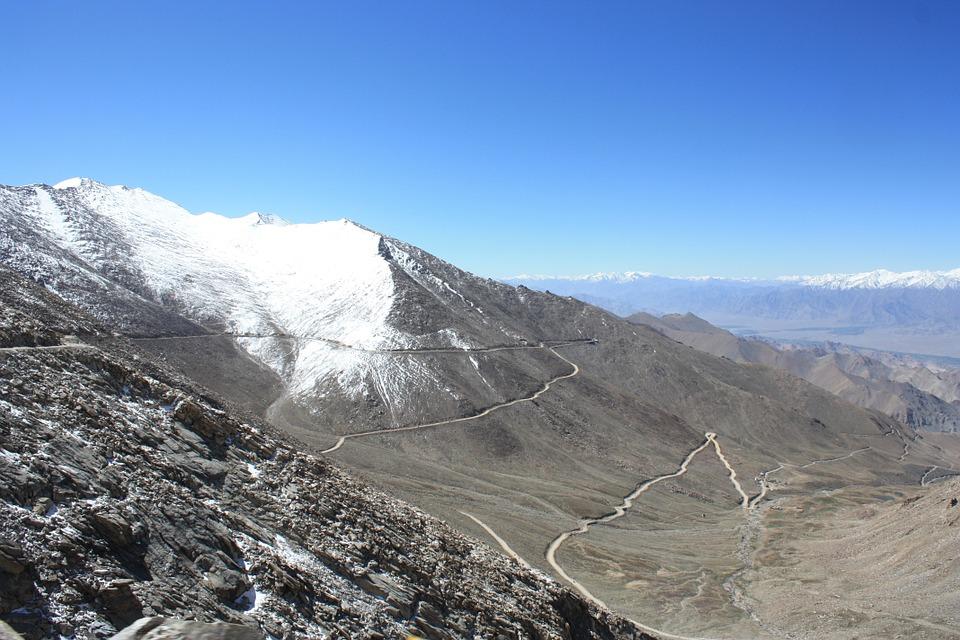Asia - Khardung La, 5.259 meters