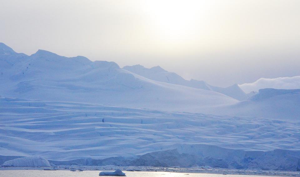 1. Antarctica: 13.829.430 km2