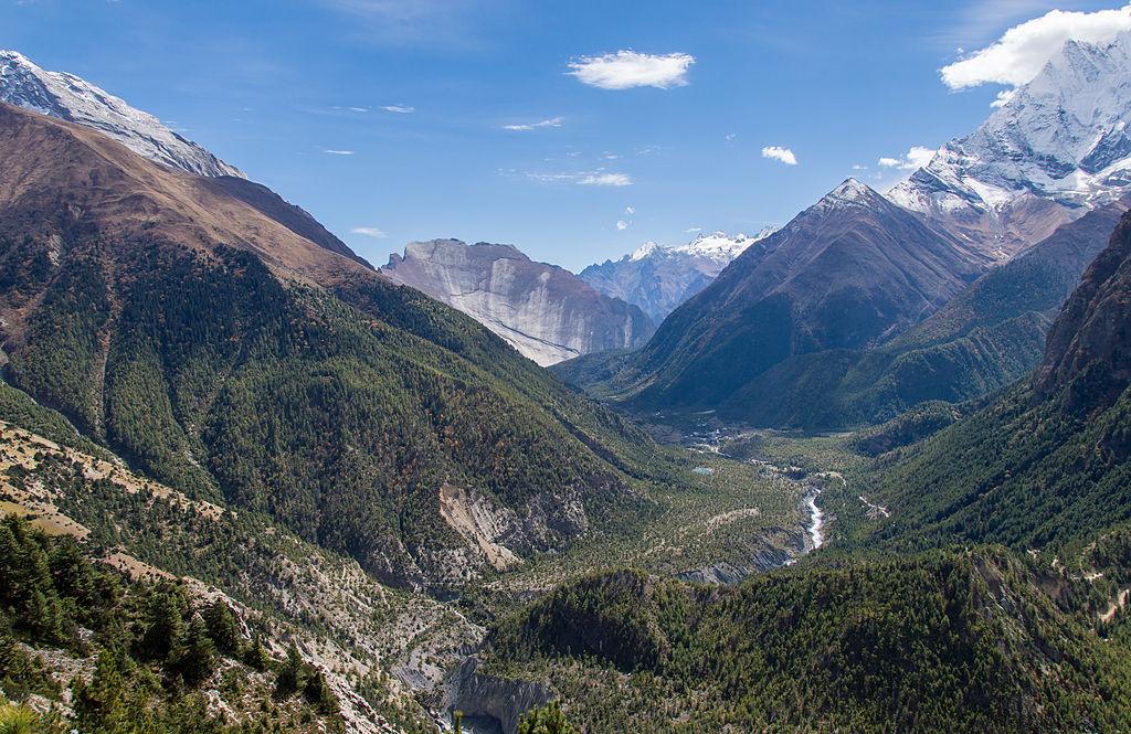 1. Kali Gandaki Gorge