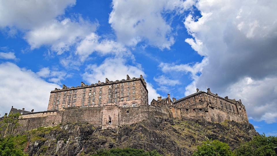 10. Edinburgh Castle, Scotland