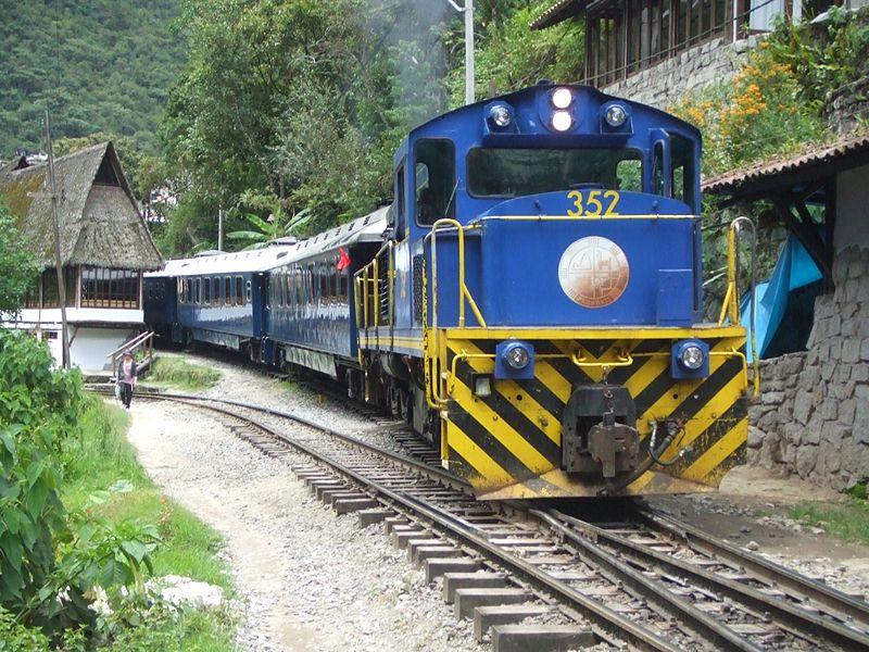 10. Hiram Bingham Orient Express (Peru)