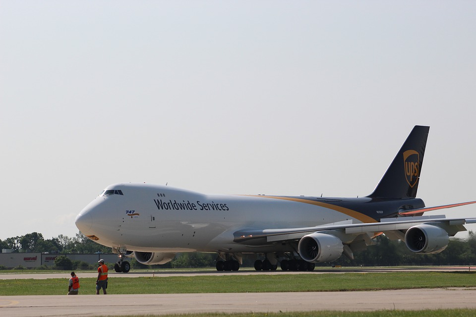 2. Boeing 747-8