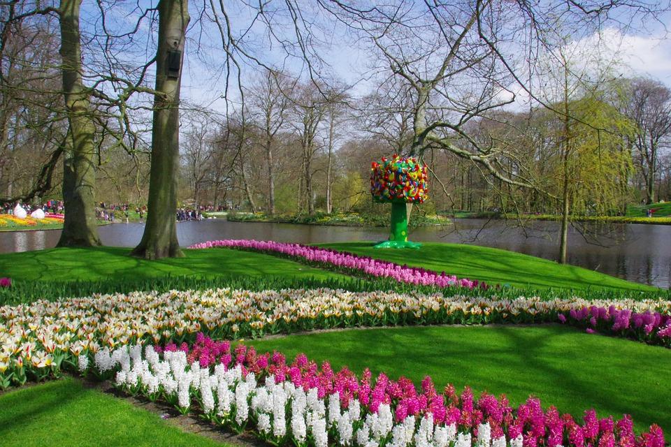 2. Keukenhof Garden - Lisse, The Netherlands