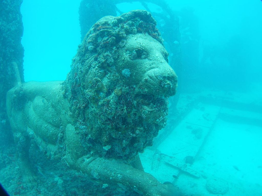 3. Neptune Memorial Reef, Miami, USA