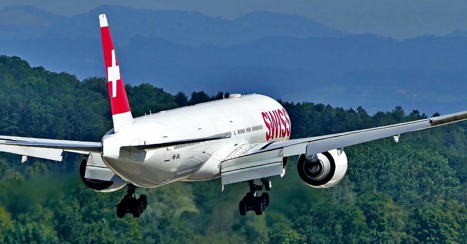 4. Boeing 777-300