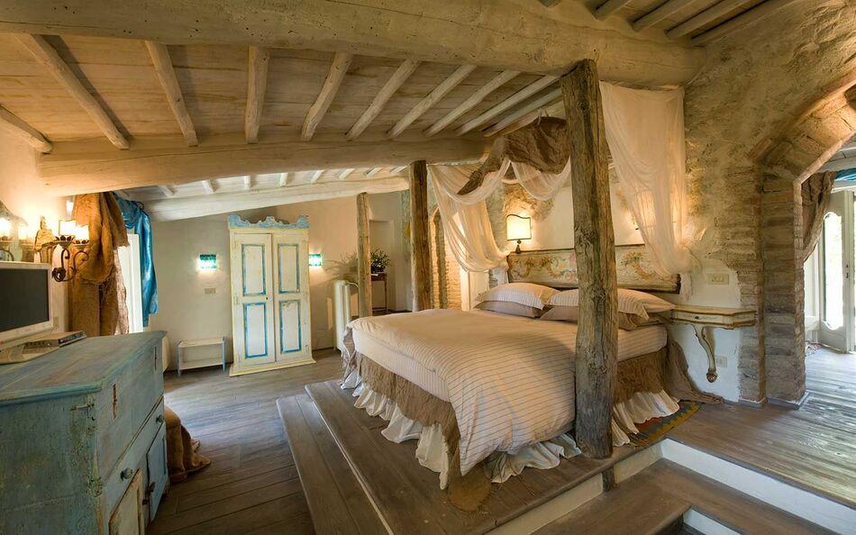 4. Hotelito Lupaia, Tuscany