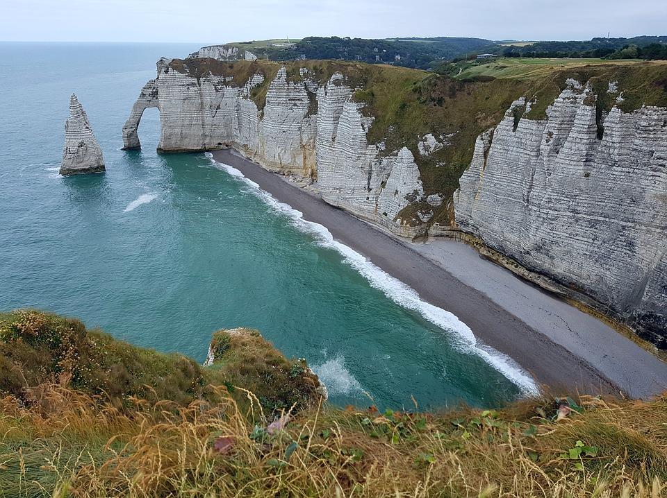 7. Alabaster Coast - France