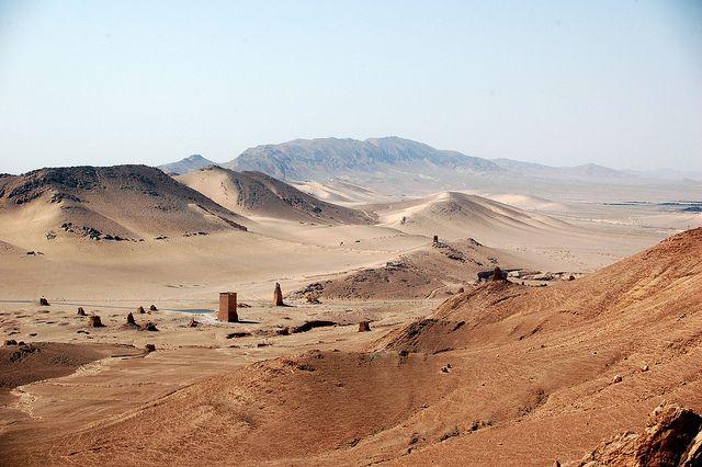 7. Syrian desert - 673.000 km²