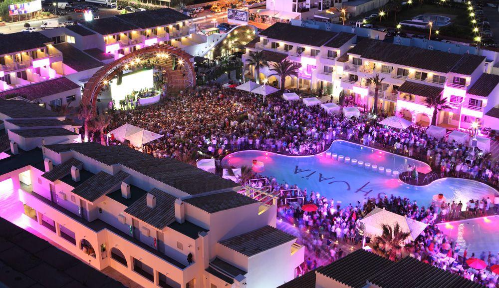 7. Ushuaïa Beach Club - Ibiza, Spain