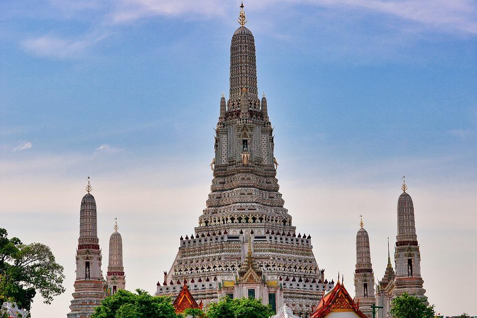 9. Wat Arun, Thailand