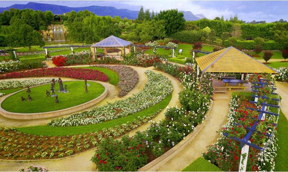 1. Hunter Valley Gardens - Pokolbin, Australia