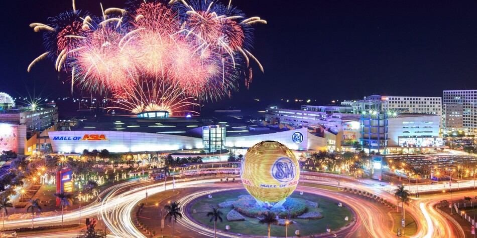 15. SM Mall of Asia - Pasay, Philippines