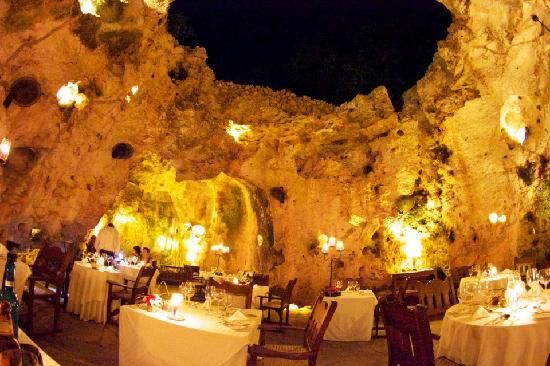16. Ali Barbour's Cave Restaurant - Diani Beach, Kenya