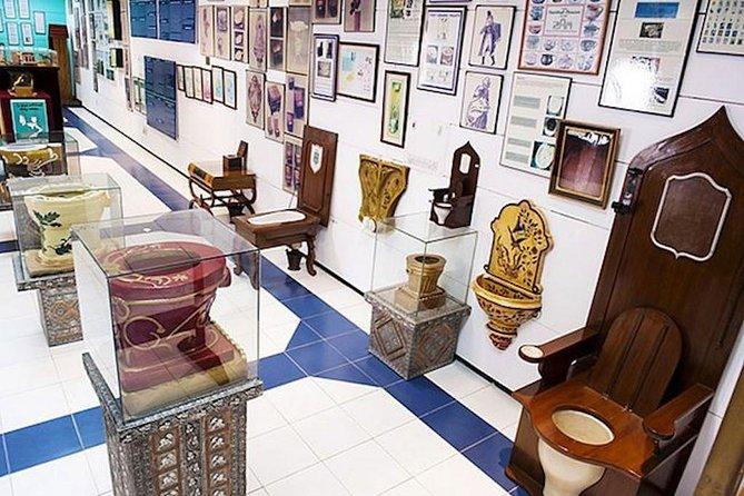 17. Toilet Museum - New Delhi, India