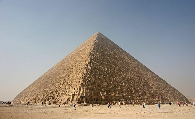 2. Pyramid of Cheops
