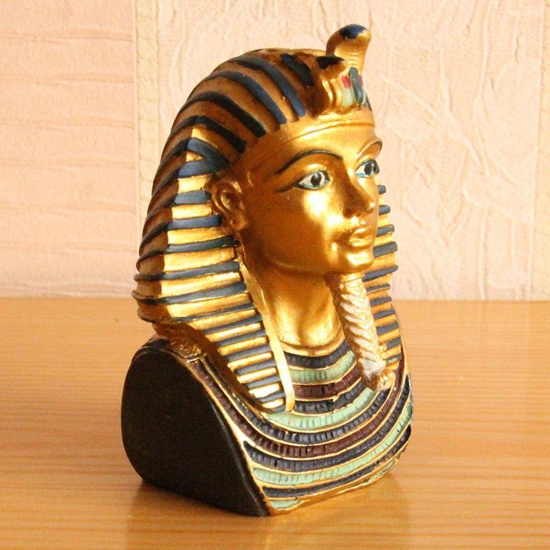 5. Statue of the Pharaoh - Egypt