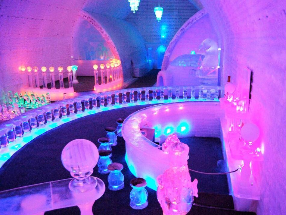 7. Aurora Ice Hotel, Alaska (USA)