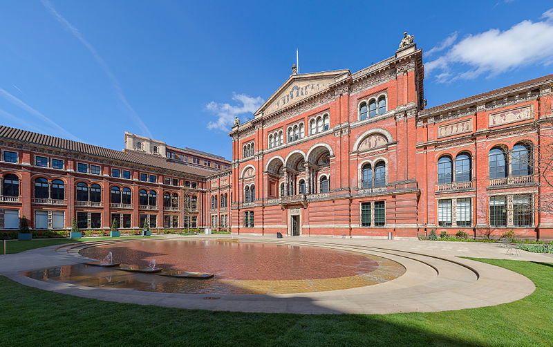 8. Victoria & Albert Museum - 30,000 m2