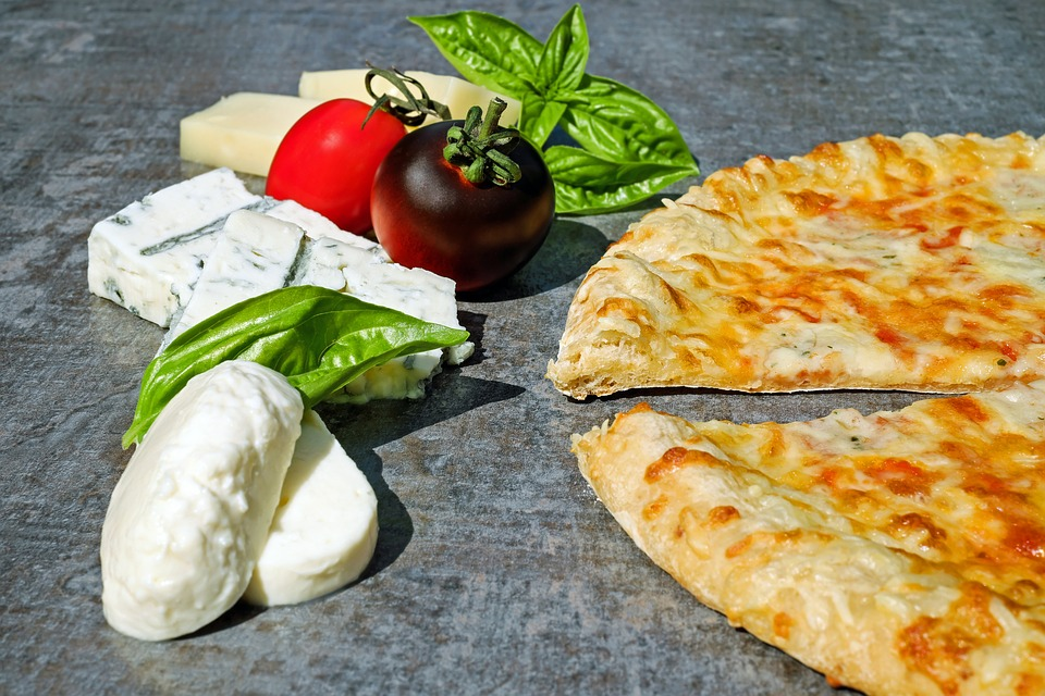 3. Antica Pizzeria da Michele - Naples