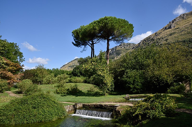 Garden of Ninfa, Cisterna di Latina