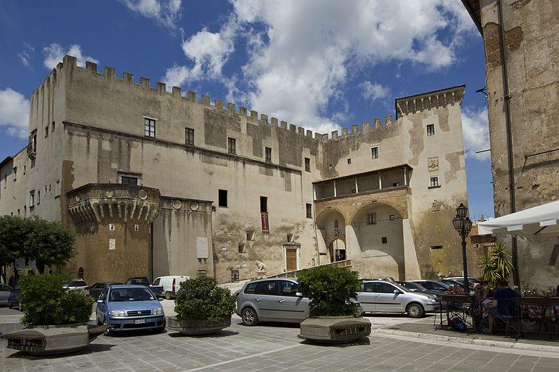 Palazzo Apostolico Orsini, Lecce