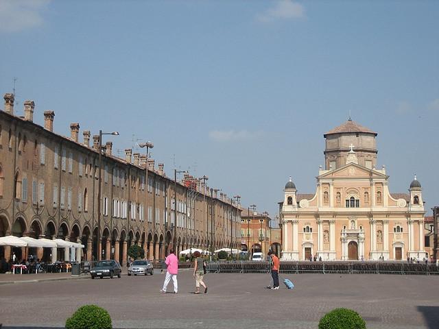 Piazza dei Martiri, Carpi
