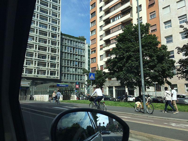 Piazza della Repubblica, Milan