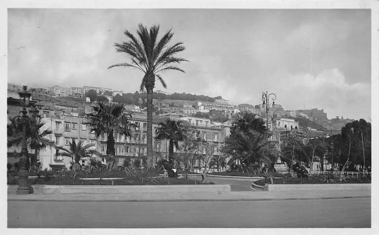Piazza della Repubblica, Naples