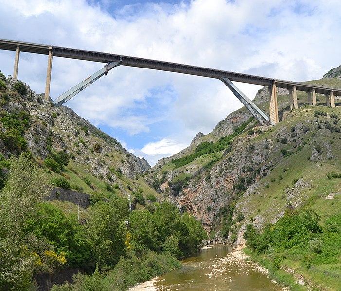 Platano Viaduct