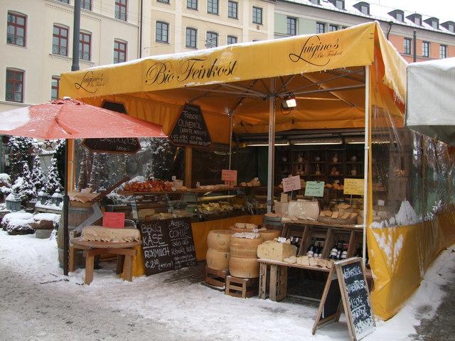 4- The food market (Viktualienmarkt)