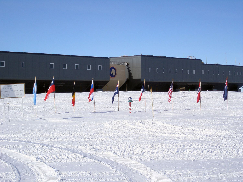 south pole full ski