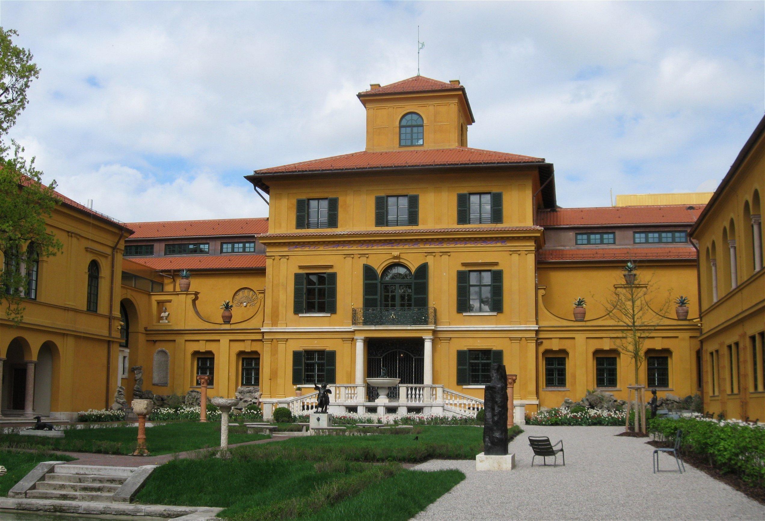 8- The Lenbach Villa (Lenbachhaus Museum)
