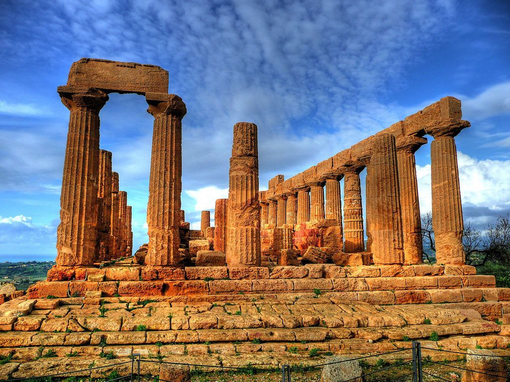 archaeological wonders sicily italy
