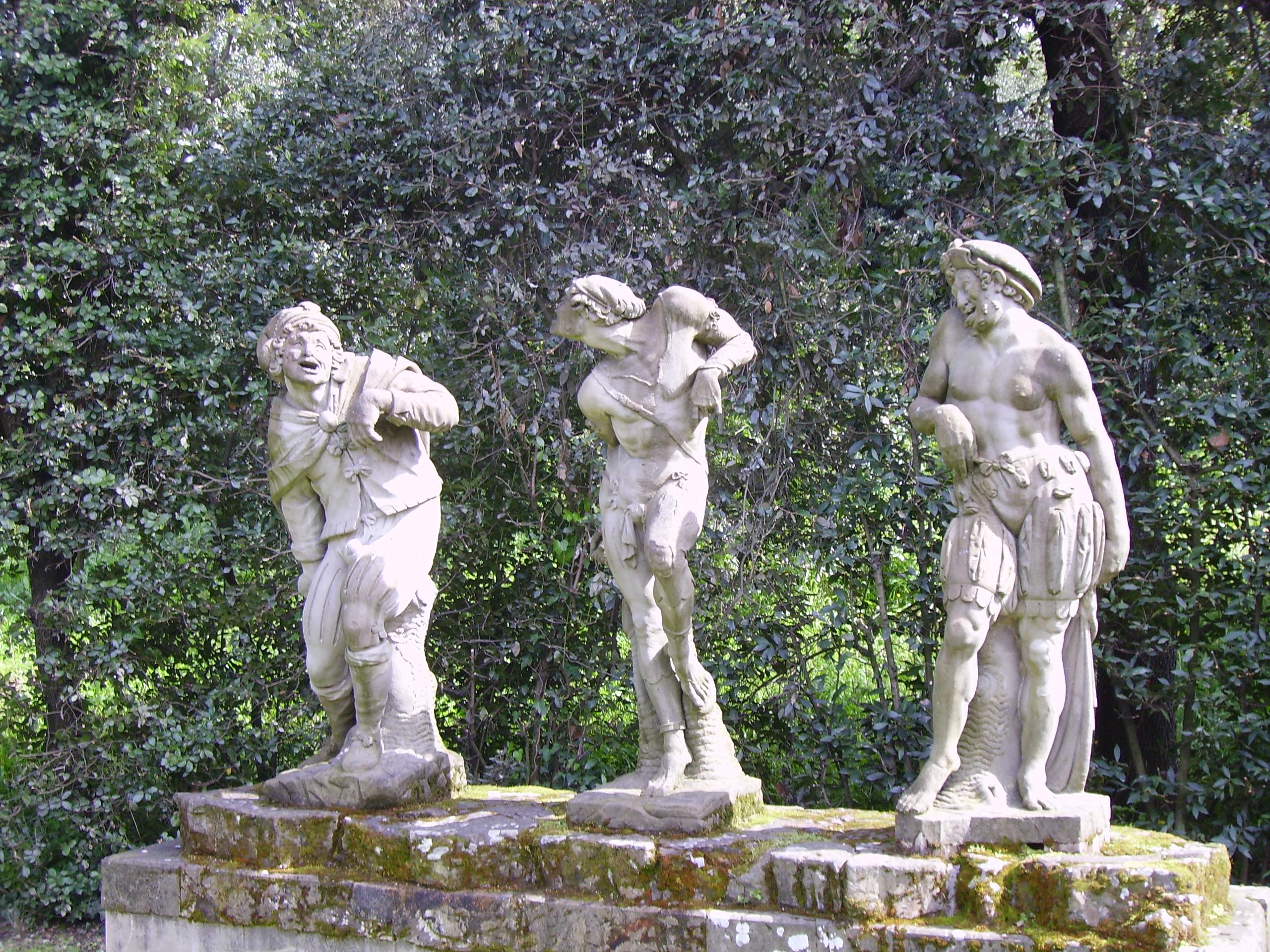 File:Romolo Ferrucci del Tadda-Three grotesque figuers-Boboli Gardens.jpg - Wikimedia Commons